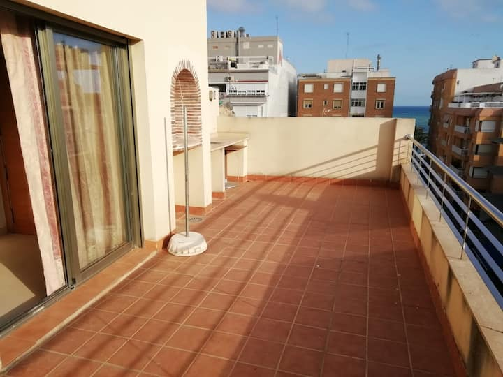 Studio, 20m from the beach, terrace