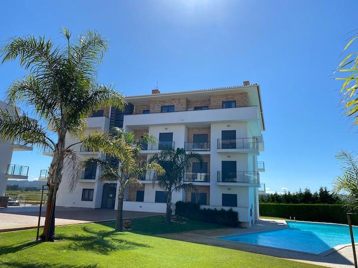 High Quality T2 apartment in São Martinho do Porto