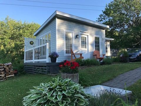Edgewater Cottage