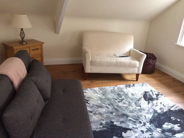 Surprisingly big self contained flat Nr Newcastle