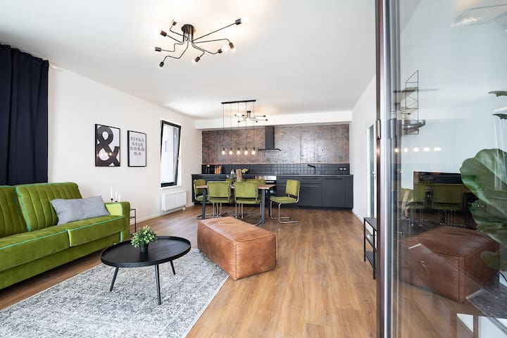 Stylish INVALIDOVNA apartment with parking