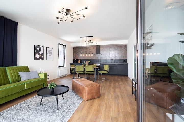Stylish INVALIDOVNA apartment with FREE parking