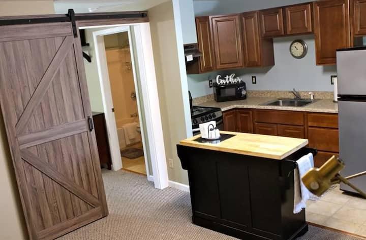 Distinctive 2 Bedroom Hideaway