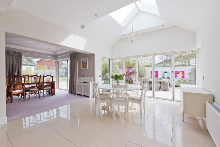 Stunning 5 Bed Killiney Home