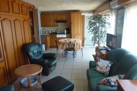 appartement au coeur de l'Esterel 10 mn de la mer.