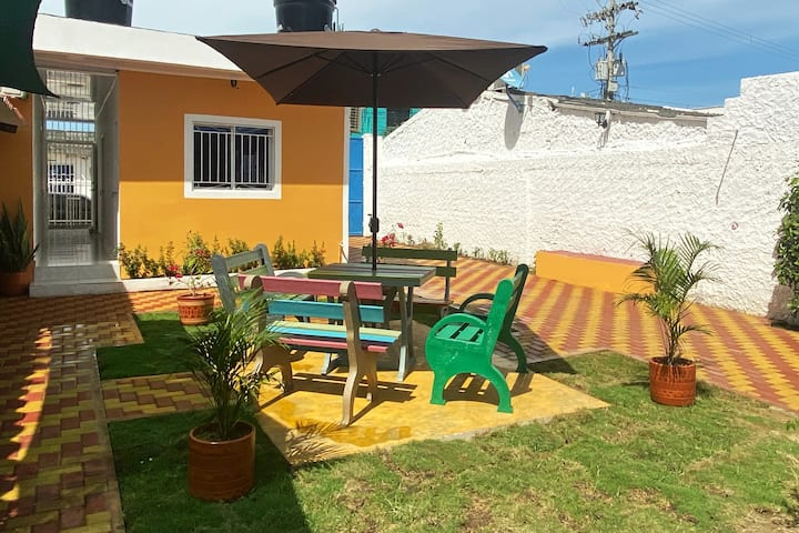 El Tucan-Sweet Place for Friends around the World