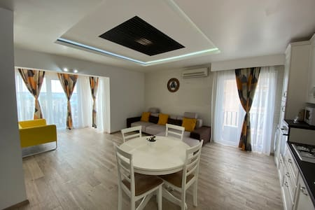 Bucharest Apartment Deluxe Cosmopolis