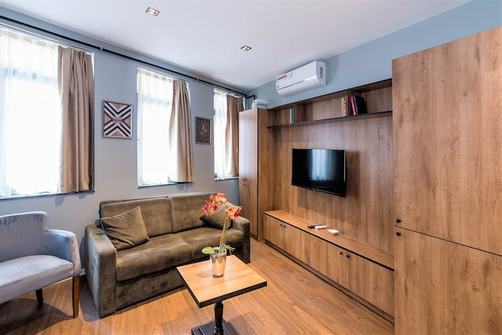 Compact Duplex - Next to the Galata Tower