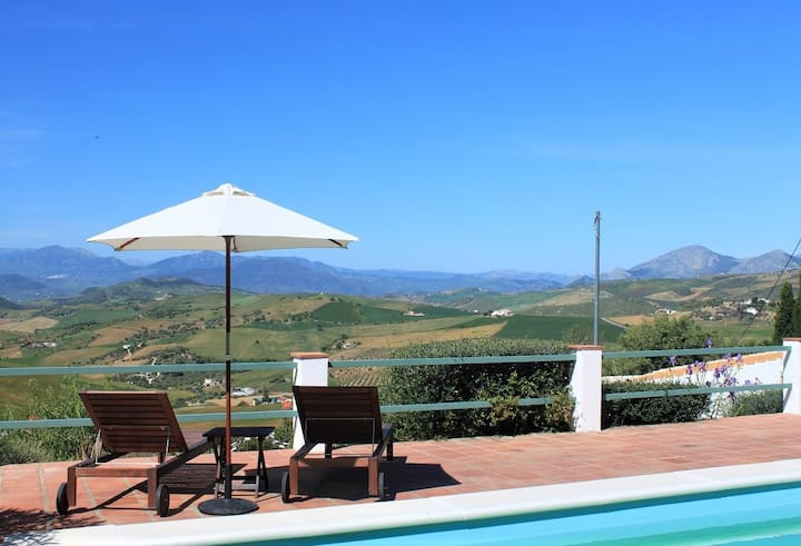 Rural finca, magnificant views and pool. Pastelero