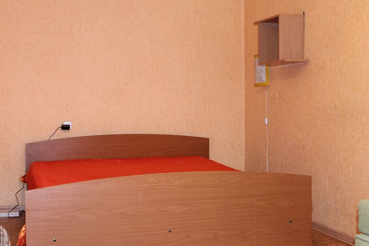 Cheap flat in the city center - Irkutsk - Apartment