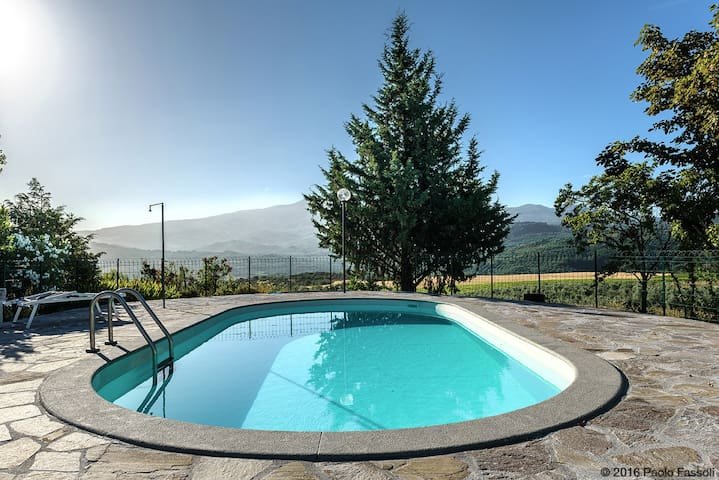 SPINA countryside apartment&Pool  - Castel del Piano