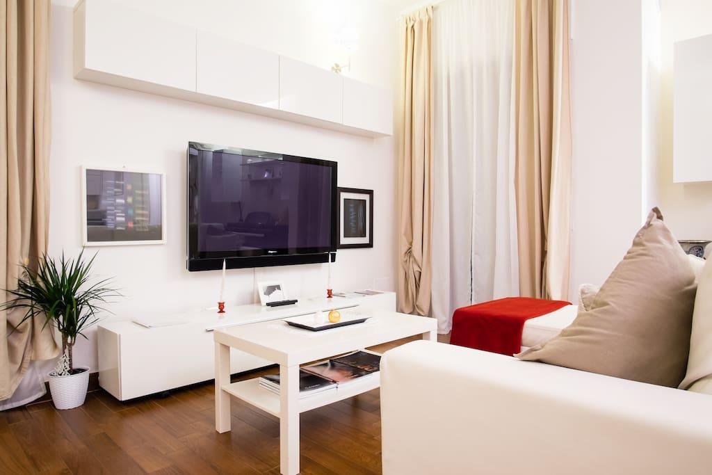Zona TV e divano