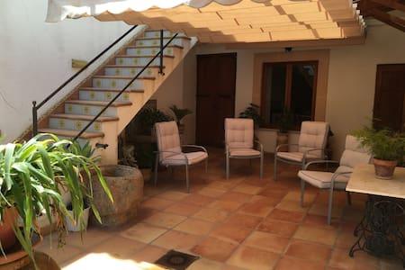 Tipica casa mallorquina - Llucmajor - Haus