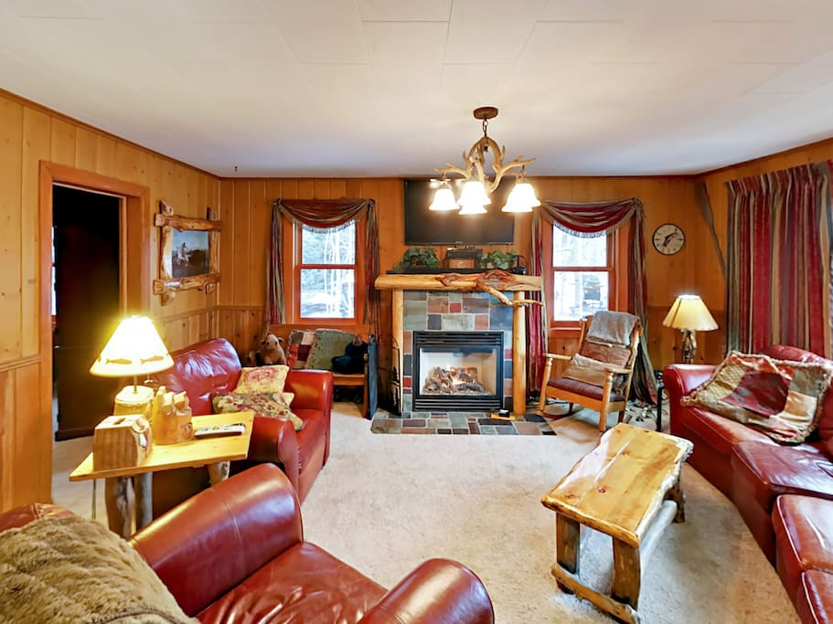 Grab a mug of cider and settle in by the gas fireplace.