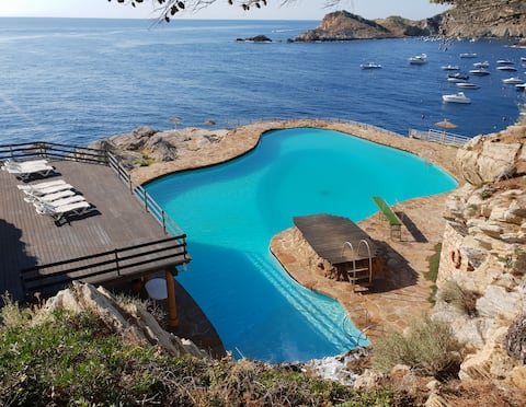 Apartment with terrace in Cap sa sal, Begur