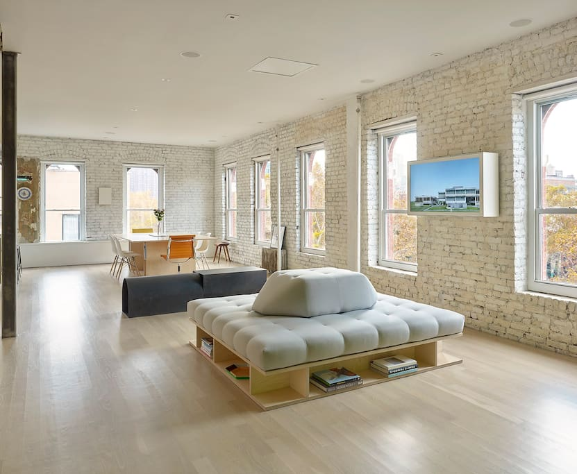 Beautiful lower east side loft loft in affitto a new for Loft in affitto new york