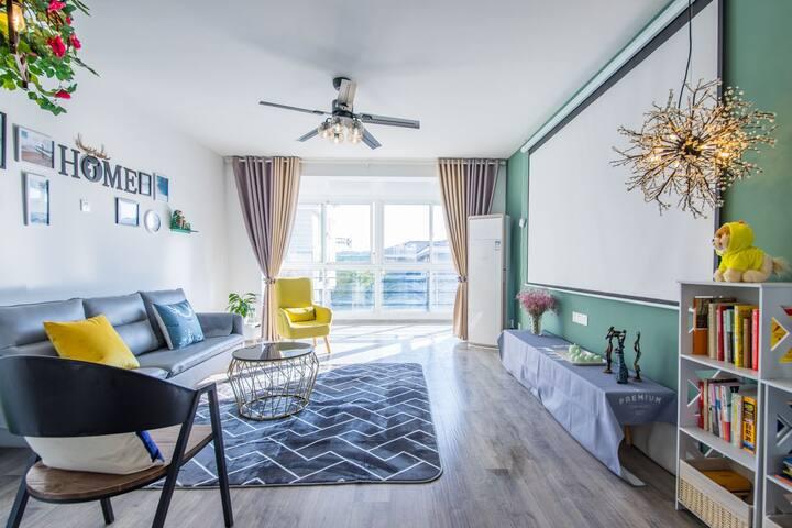 瘦西湖畔田园北欧清新两居室落地窗阳光大房毗邻东关街个园