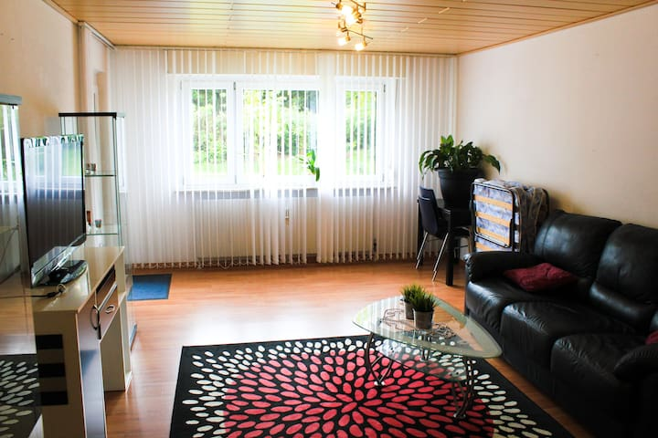 Сommodious,bright room in Stuttgart - Estugarda - Apartamento