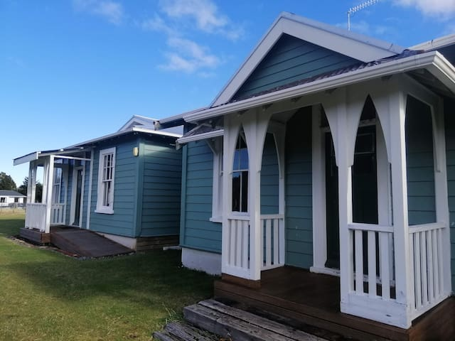Taylor Lodge - 2 Bed Bunk. Free WiFi. Wahine Room