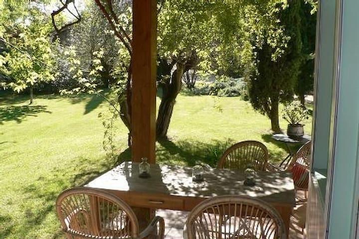 Superbe villa,8min à pied du centre - Uzès - Villa