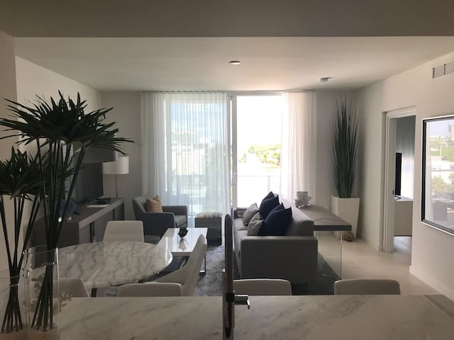 Decorated Residence- Ft. Lauderdale - 2 bedrooms