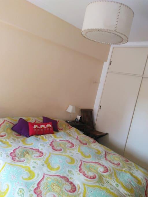 Habitación ofrecida, cama King Size