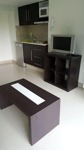 cocina con muebles