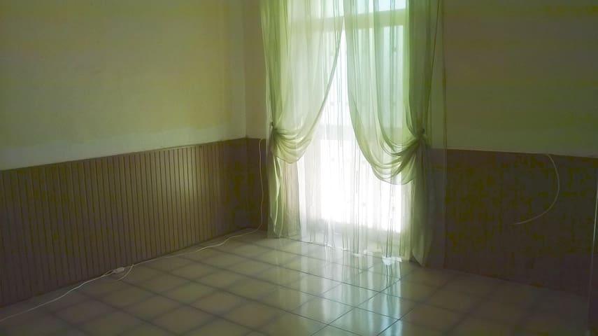 Tranquillo appartamento ad Orsogna (CH)