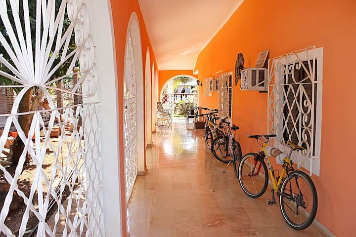 Villa Marymar (Room # 5)