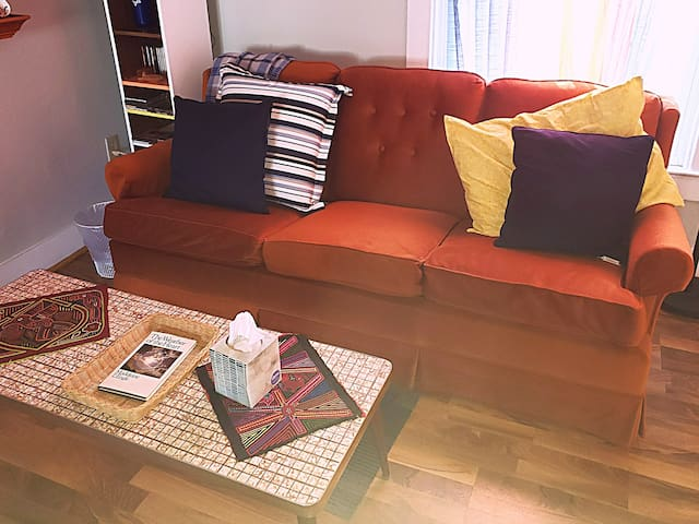 2 Twins Room & Peach Couch in Living Area
