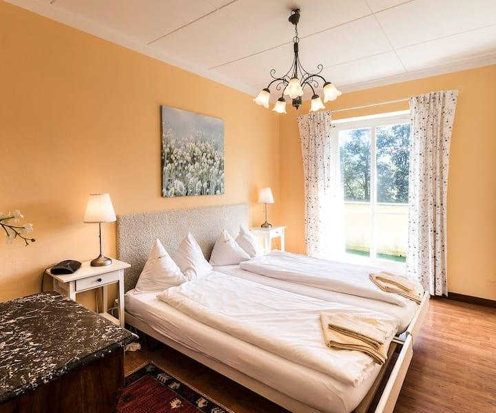 Zimmer mit Küchenbenutzung- Casa Calina, Carona