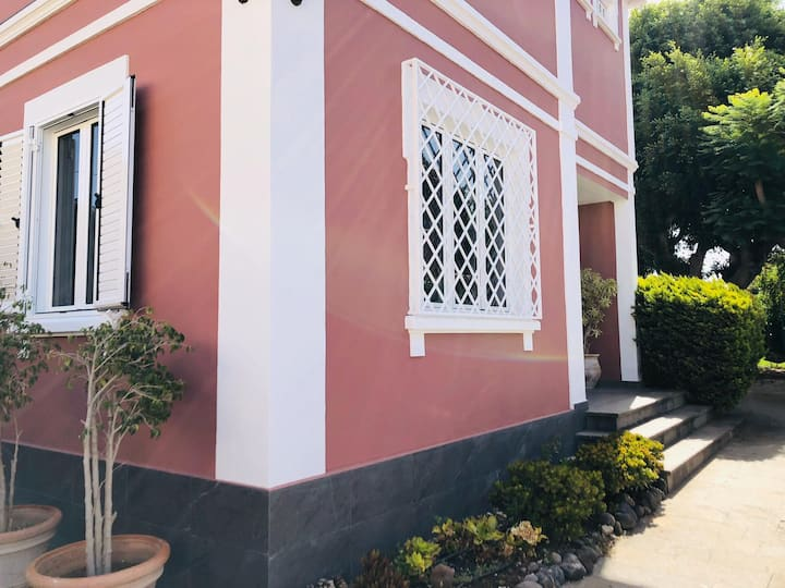 Dream House Lentiscal