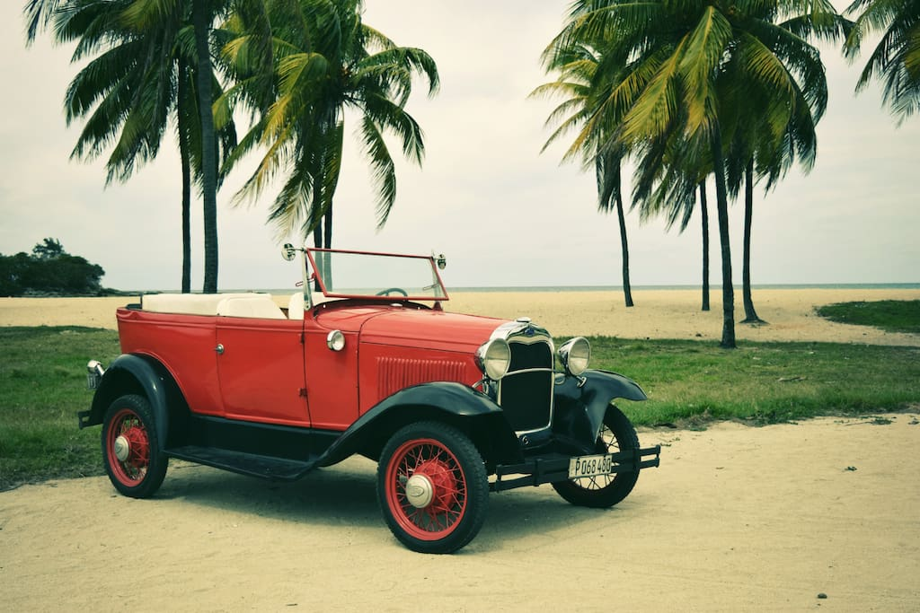 1929 FORD AVAILABLE FOR DAYTRIPS