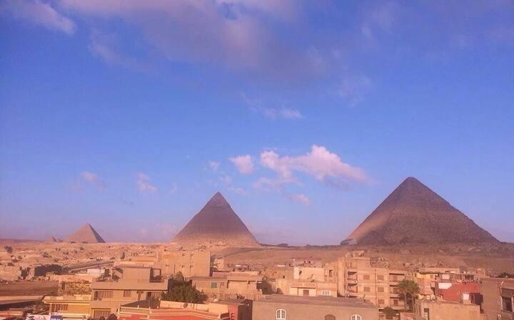 3 Pyramids view inn-Sechmet