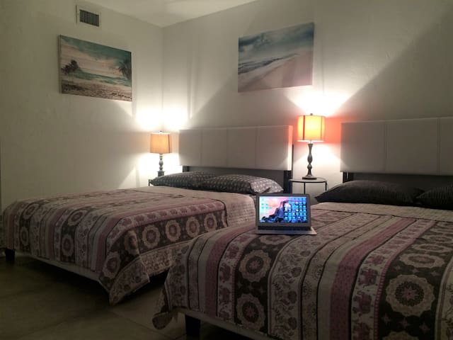 Charming studio in South Beach - Monthly Rent