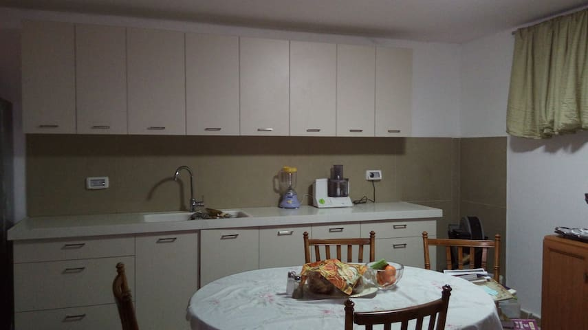NOF AYALON 4-Room Apartment near pool, tennis