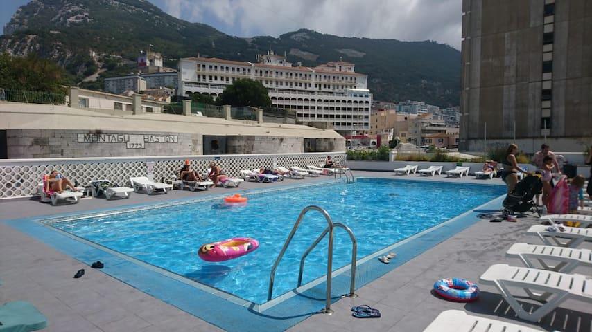 Gibraltar Gem 2 Bed Room Flat with pool