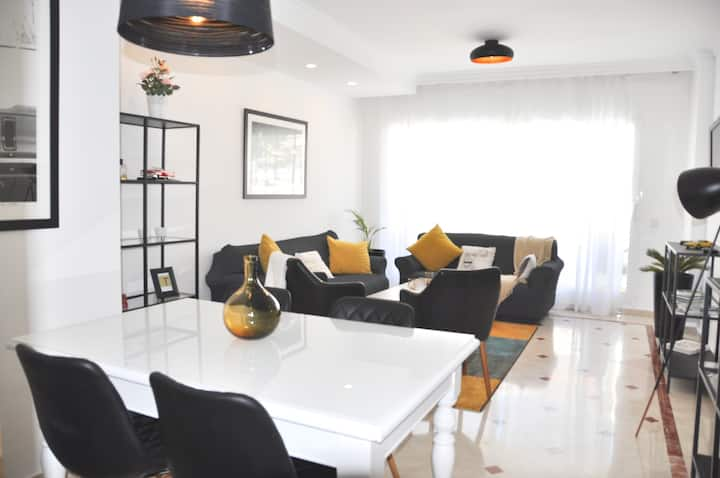 Luxury two bedrooms apartment Av. del Mar - 8A