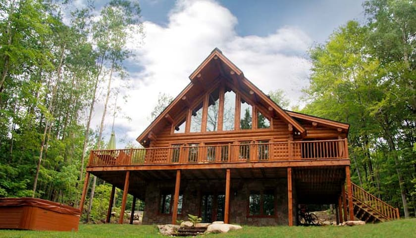 Blueberry Lake Papineau 5 Bedroom Chalet - Labelle - Chatka