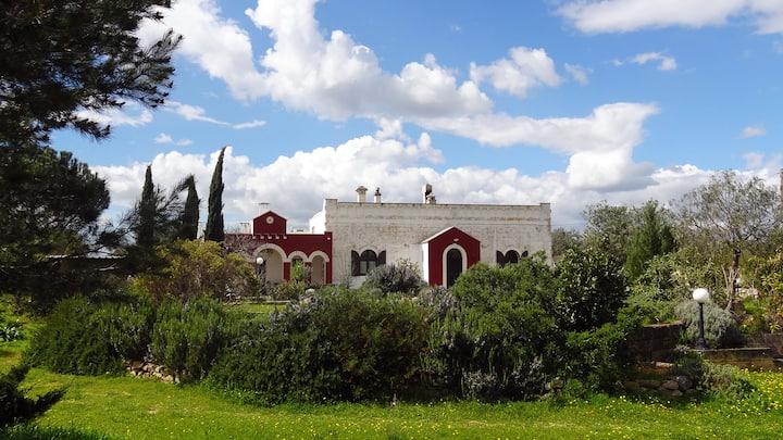 Giardini di Marzo B&B + Donkey Farm