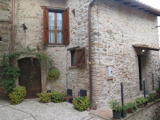 Guadamello di Narni, un borgo con vista panoramica - Guadamello - Lägenhet