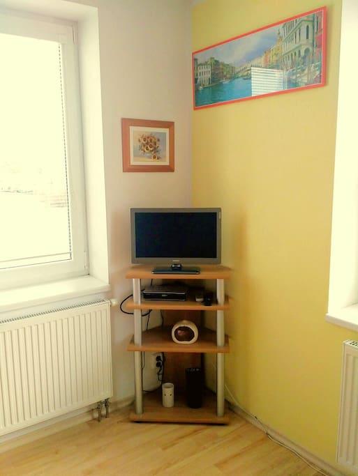 TV v kuchyni / TV in kitchen