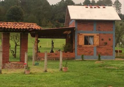 Cabaña La Estancia, Zirahuen