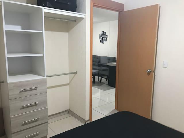 confortable departamento de Frank y ady - Guadalajara - Apartamento