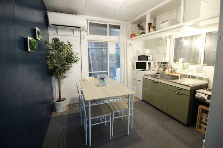 Roppongi sta 2min walk! 2bed room/Max 7ppl!