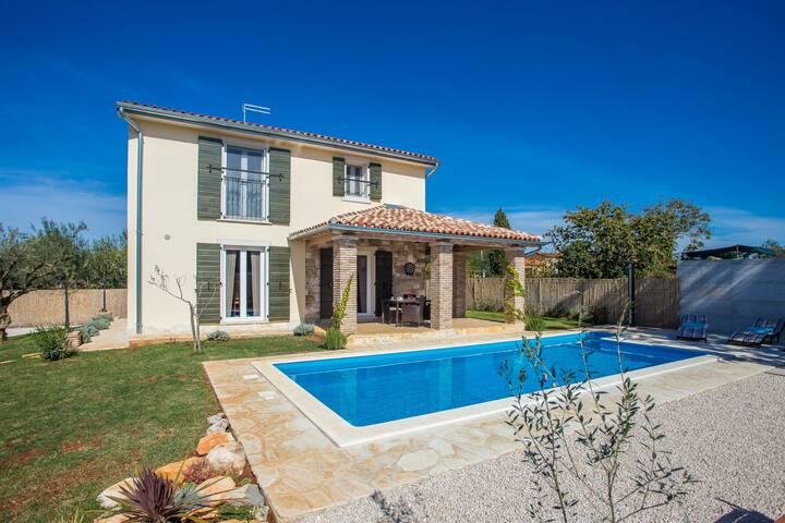 Lovely and newly built holiday house Villa Mala