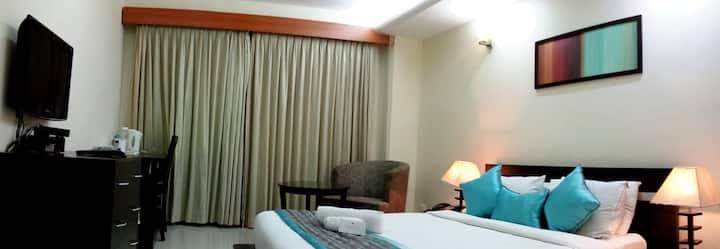 Perfect Business Stay in Thoraipakkam OMR @ Siesta