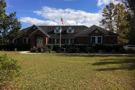 Country Life 2(Friends/Family Deal w/Room1)!