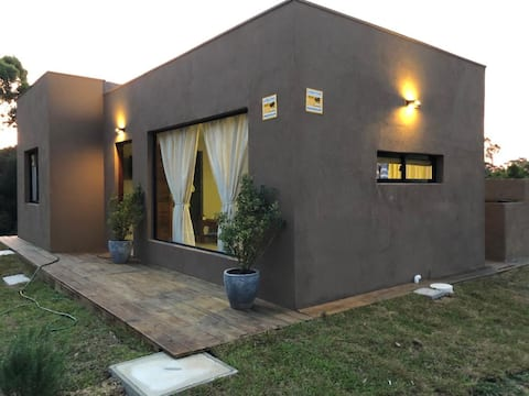 Muy linda casa en alquiler La Paloma - Anaconda