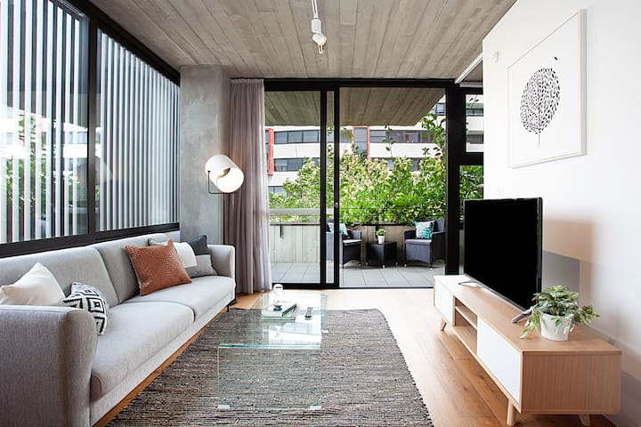 Ultra Modern 1 Bed Surry Hills Apartment